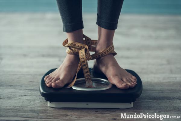 Bulimia, anorexia, hiperfagia: el vínculo entre la madre y los trastornos alimentarios